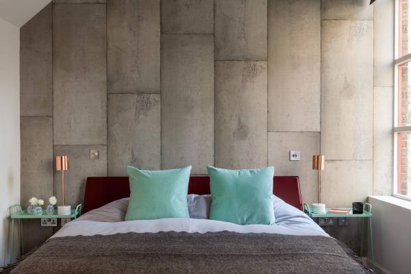 Обои с имитацией бетона — как добавить их в интерьер современной квартиры